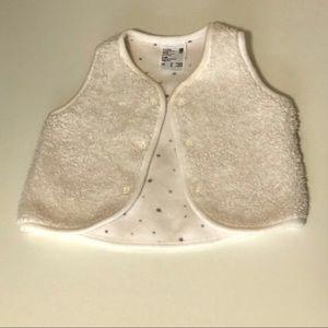 Uniqlo warm baby vest 3-6 months